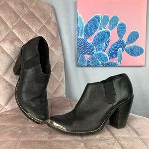 Dolce vita black ankle cowboy boots 7